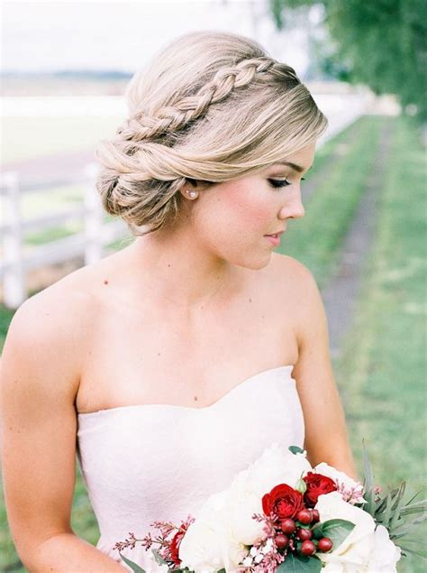long wedding hairstyles  beautiful details  wow deer pearl flowers