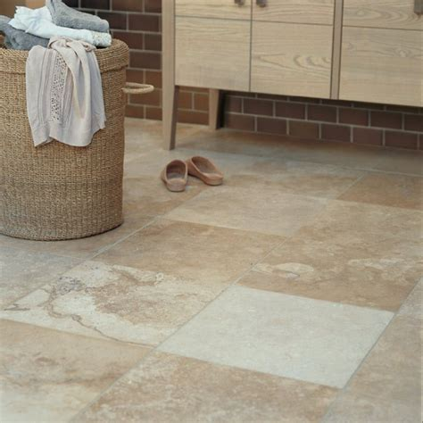 flooring bathroom  grasscloth wallpaper