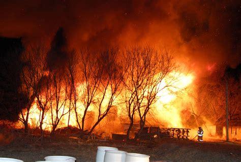 Barn Fires by Pickering Barn Kills 4 000 Racing Pigeons