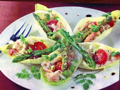 decoration de salade sur assiette assiette salade
