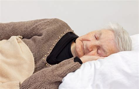 Doctor's Notes Sleeping Pills And Aging Should Not Go