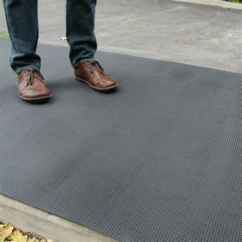 rubberized portable floorssecure surfacing   setting