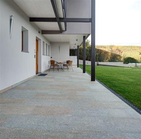 Garten Gestalten Naturstein by Garten Naturstein Fliesen Und Holzb 246 Den F 252 R Ihr Zuhause