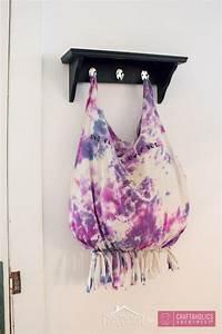 Craftaholics Anonymous® No-Sew T-shirt Bag Tutorial