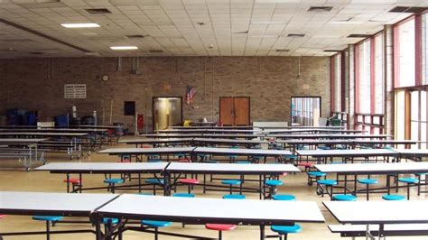 redesign  school cafeteria discoverdesign