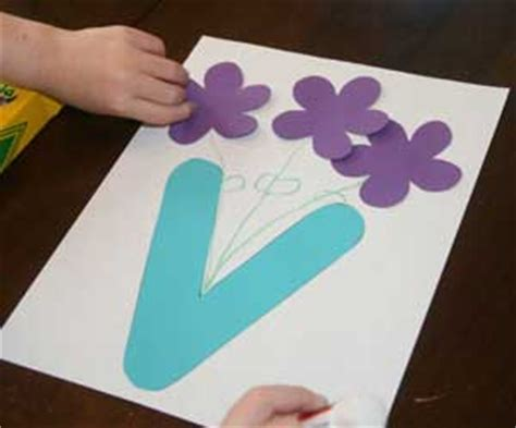 v craft site about children letter v vase craft all network