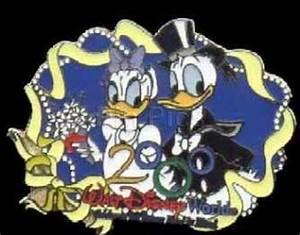Disney Donald & Daisy Bride & Groom LE pin/pins - Toys by ...