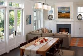 Dealing With Built In Kitchens For Small Spaces Perfect Dining Room Idea For The Holidays Design Artistic Designs For