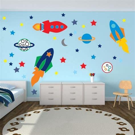 Kinderzimmer Gestalten Rakete by Wandtattoo Im Kinderzimmer Weltraumraketen Und Sterne F 252 R