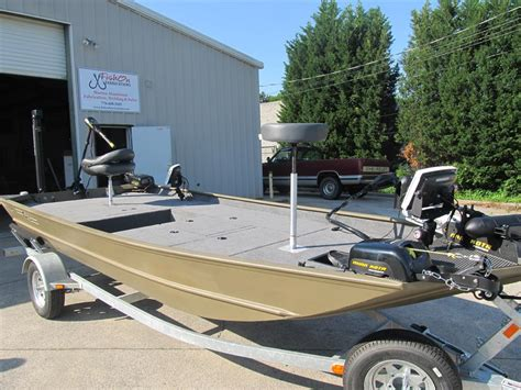 Pontoon Boat Repair Shops Near Me by Photo Marine Carpet For Boats Images Marine Carpet For