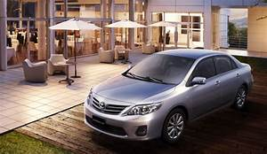 Toyota Corolla 2012  Tiene Un Motor De Cuatro Cilindros Y