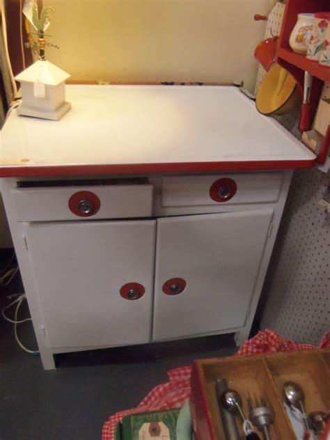 vintage enamel top kitchen cabinet 49 best images about enamel cabinets on 8830