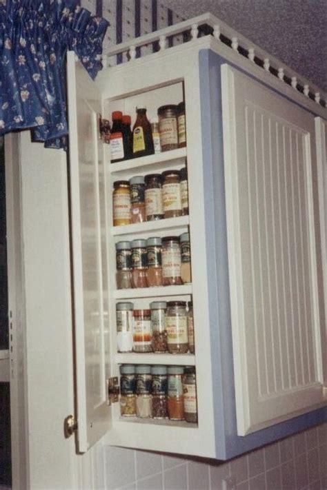 Hanging Spice Rack On Door by Best 25 Door Mounted Spice Rack Ideas On