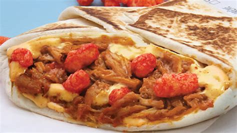Taco Bell Canada Brings Back Cheetos Crunchwrap Sliders