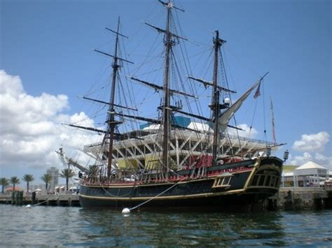 hms bounty replica sinking sinking s of the tonga 171 the errol flynn