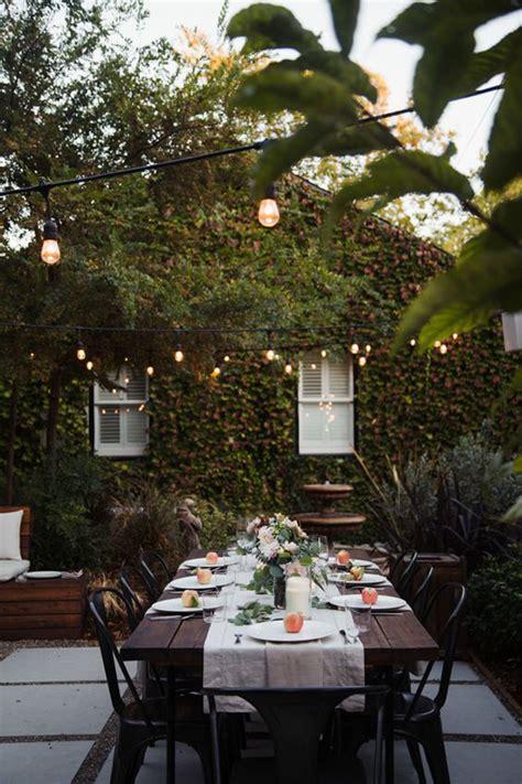 romantic friendsgiving dinner party ideas  backyard