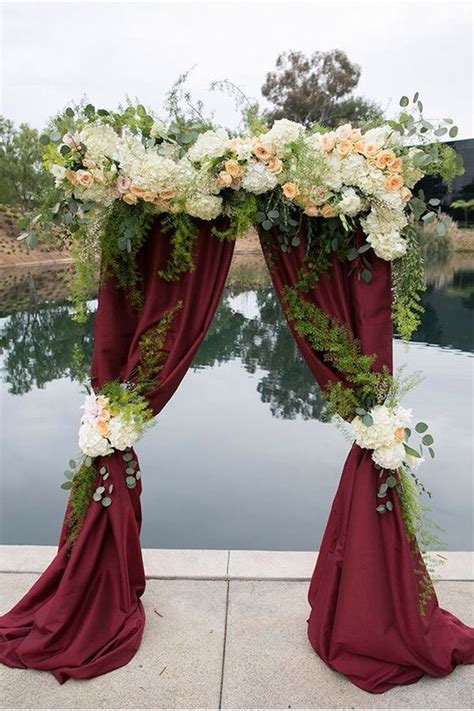 30 Elegant Fall Burgundy And Gold Wedding Ideas Weddings