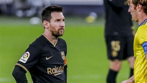 The unwanted record Lionel Messi set against Cadiz ...