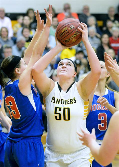 hirschman defense leads   panthers  victory