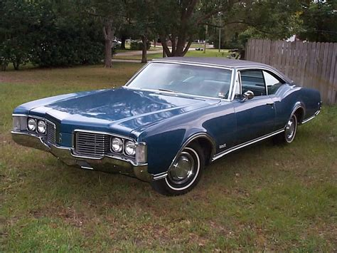 File Oldsmobile Delta  Holiday Coupe Jpg