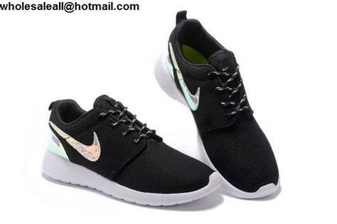 Nike Roshe Sneakers In Holographic Black Cliftonrestaurant