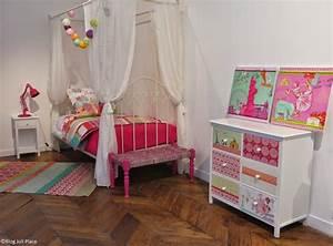 la collection junior de maisons du monde joli place With tapis enfant avec la maison du canape lit