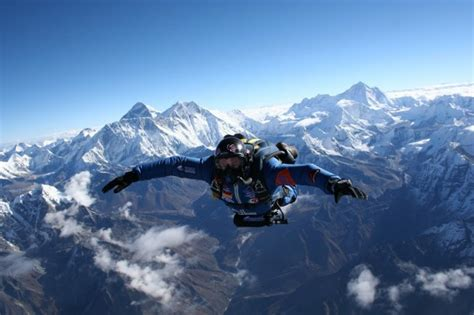 skydiving parachuting skydive same thing sky giraffe asking animal rothschild theadventourist