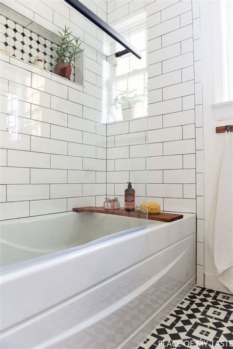 subway tile designs for bathrooms 25 best ideas about subway tile bathrooms on pinterest white subway tile bathroom reclaimed