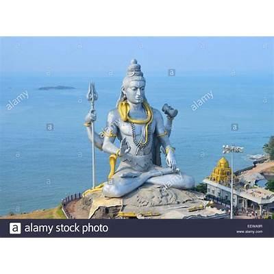 Shiva Statue at Murudeshwar temple India  Tallest Siva