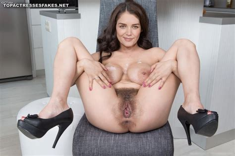 Katie Holmes Nude Pics Exposing Boobs Pussy Fake