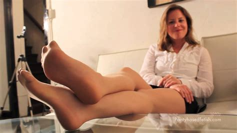 Nylon feet bonanza - YouTube