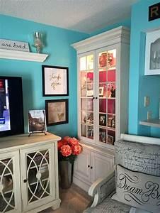 Color Chart Book Love My New Paint Color Benjamin Moore Tropicana Cabana
