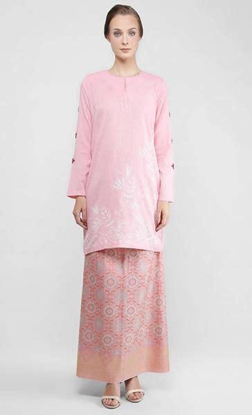 kemboja merah jambu bunga pua baju kurung  songket