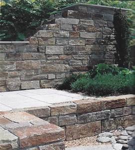 Naturstein Verblender Verlegen : natursteinmauer gartenmauer naturstein wand granitsteine ~ Lizthompson.info Haus und Dekorationen