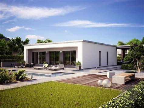 bungalow flachdach bauen pin fertighaus de auf bungalows bungalow ideen und grundrisse haus bauen bauplan haus