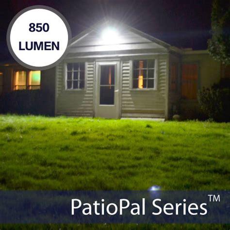 how many lumens for outdoor security light solar flood lights solar powered flood flag sign lights