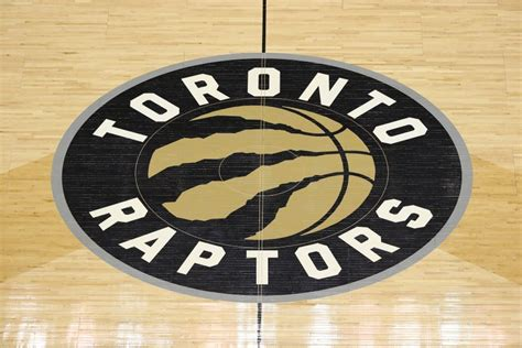 raptors expected  sign jordan loyd    deal