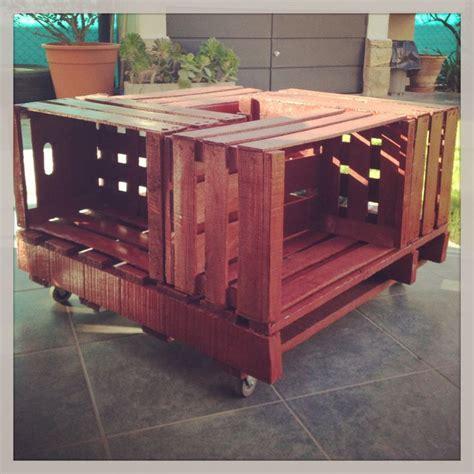 mesa ratona hechas  cajones de verdura pallets