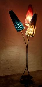 Stehlampe Retro Design : 50er 60er jahre t tenlampe lampe stehlampe rockabilly tulpenlampe nierentisch ebay ~ Frokenaadalensverden.com Haus und Dekorationen