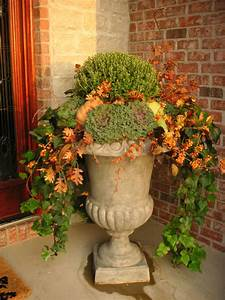 Another, Fall, Urn