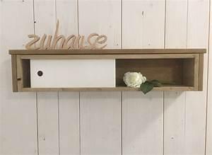 Wandregal Mit Tür : wandregale wandboard wandregal mit schiebet r shabby chic ein designerst ck von hexerei ~ Orissabook.com Haus und Dekorationen