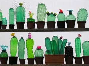 Pflanzen Bewässern Pet Flaschen : alte pet flaschen werden zu kreativen plastikfiguren ~ Whattoseeinmadrid.com Haus und Dekorationen
