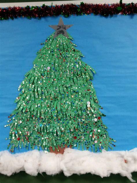 bulletin board christmas tree