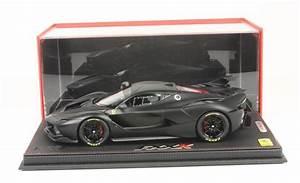 Ferrari Fxx K Prix : ferrari modelisme ferrari 1 18 bbr nouveaut sept 2015 ferrari fxx k noir mat p18104mb 1 18 ~ Medecine-chirurgie-esthetiques.com Avis de Voitures