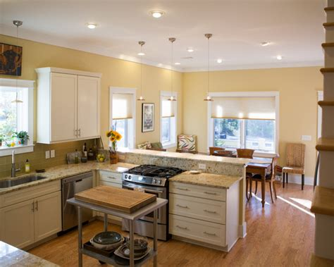 cottage style kitchen islands cottage kitchen yellow decorating ideas