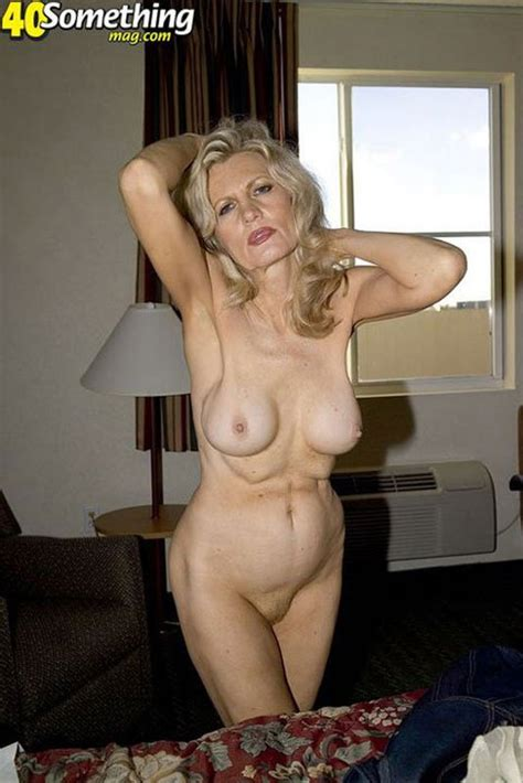 Barbara Aka Violet Skinny Classy Mature Blonde Photo