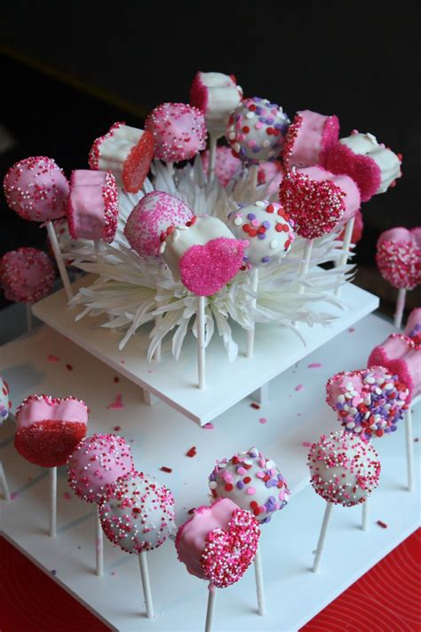 Simple, soft, fluffy pancakes, an essential that everyone should know. Cake Pops- This girl also has lots of other dessert ...