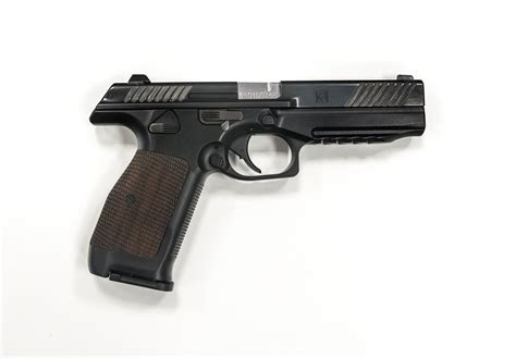 Pistol Images Kalashnikov Unveils New Pl 14 Pistol For Russian Army