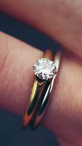 Engagement Diamond Ring Closeup iPhone 5 Wallpaper / iPod ...
