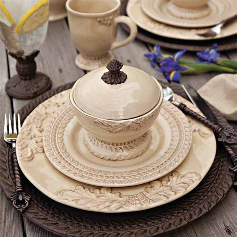 Grazia Dinnerware Collection By The Gg Collection
